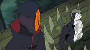 Zetsu Negro conversando com Tobi