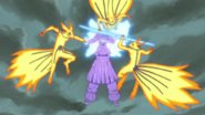 Clones de Kurama contra Susanoo de Sasuke