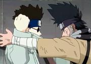 Shino detiene a Zaku