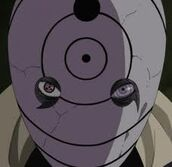 Obito usa lo sharingan e il rinnegan contemporanamente