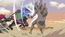 Choza and Choji attack Gedo