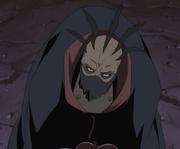 Sasori intimidando a través de Hiruko