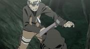 Naruto deteniendo a uno de los ANBU