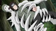 Uno de los Zetsu ataca a Neji