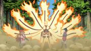 Naruto protege a Chōchō y Sarada con los brazos de chakra