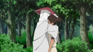 Hiruzen abraça Iruka