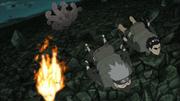 Gyūki lança Guy, Kakashi e Naruto