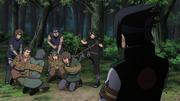 Sasuke e sua divisão prende os bandidos