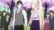 SaiIno Holding hands