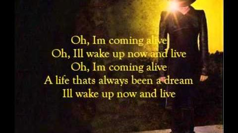 Adam Lambert - Runnin (lyrics)-1484368820
