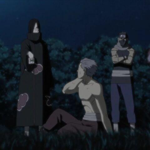 Hidan je doveden od strane Oročimarua, Zecua i Kakuza
