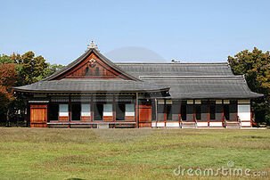 Traditional-japanese-house-9492254