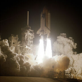 600px-STS-109 launch