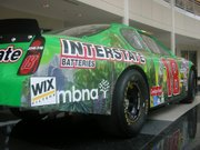 Bobby-Labonte-18-Car-Madagascar-Theme-JGR