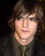 Ashton-Kutcher 0 20110512230943