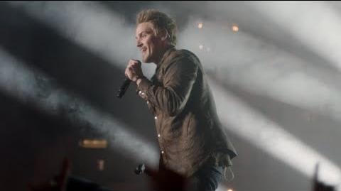 "Riley Smith (Markus) Sings ""Tonight Feels Different"" - Nashville"
