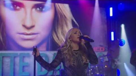 Hayden Panettiere Sings 'What If It's You' Nashville