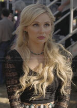 Scarletts-black-lace-long-sleeve-crop-top