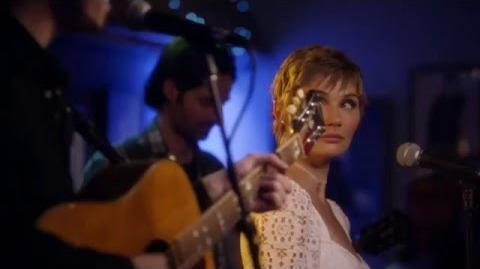"Clare Bowen (Scarlett) and Sam Palladio (Gunnar) Sing ""I'm Coming Over"" - Nashville"