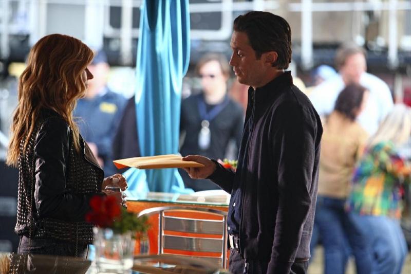 Nashville season 2 episode 22 online dating