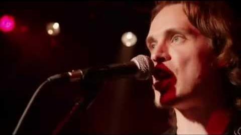 Jonathan Jackson performs 'Kiss' on episode 6 of 'Nashville'