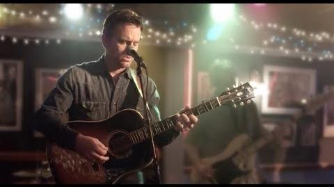 "Deacon Claybourne (Charles Esten) Sings ""Looking For The Light"" - Nashville"