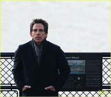 Ben-stiller-chilly-night-at-the-museum-3-scenes-with-skyler-gisondo-09