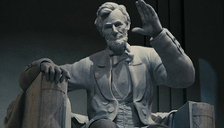 Giant Statue Of Abraham Lincoln