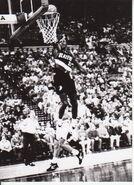 Clyde Drexler Glide Jam - vs Pacers 1992 MSA
