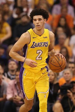 1544fe8ee Lonzo Ball Los Angeles Lakers v Phoenix Suns GhEQiR0M922l