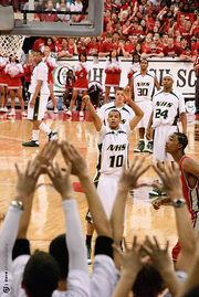 20090328 Trey Burke shooting free throws in state championship game