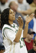 GLORIA-JAMES-PICTURES-PHOTOS-LEBRON-JAMES-MOM (1)