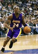 Kobe Bryant Drives2