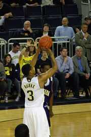 20111117 Trey Burke shooting a free throw