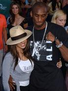 Kobe+Bryant+Vanessa+Bryant+2003+Teen+Choice+m4q76hA2Z ql