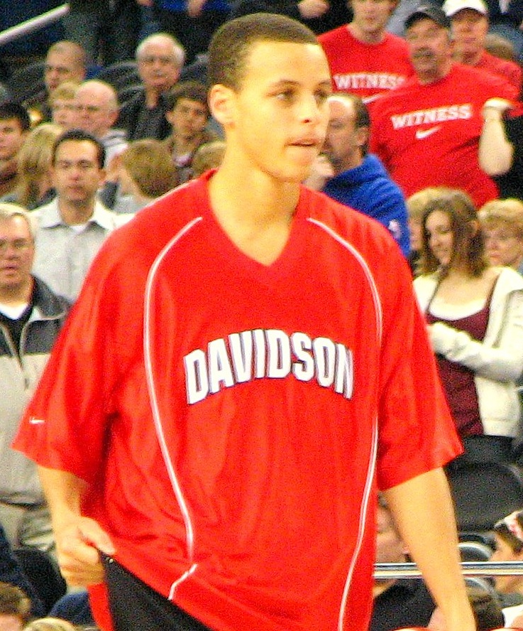 fedb5c282 Curry at the 2008 NCAA Tournament