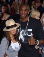 Kobe+Bryant+Vanessa+Bryant+2003+Teen+Choice+KbGSrn zV95l