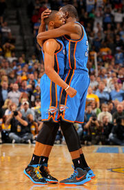 Russell Westbrook Kevin Durant Oklahoma City JZ6wcUsy-Bfl