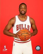 Dwyane-Wade-Chicago-Bulls-2016-NBA-Studio-Posed