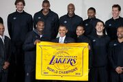 2010 NBA Champion Los Angeles Lakers with President Obama