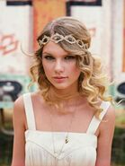 Taylor-swift-for-sony-music-2010