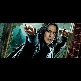 Profesor Snape haciendo Magia