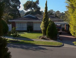 Naybers 32 ramsay street