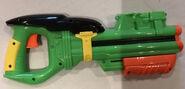 Clip blaster right