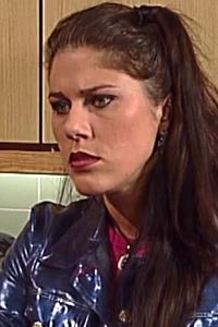 Rebecca Portret S02 Bis