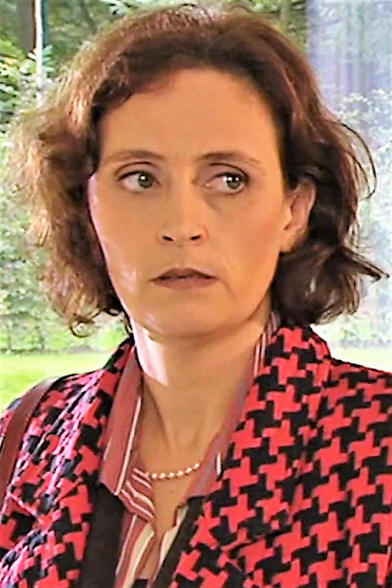 Katrien Portret S09