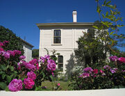 781px-Katherine Mansfield Birthplace, New Zealand