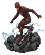 JL flash statue