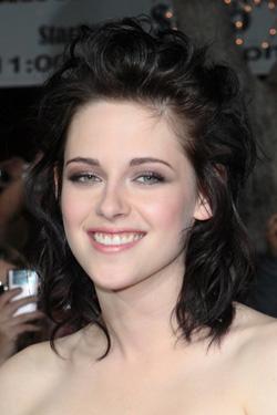 Kristen stewart curly dark