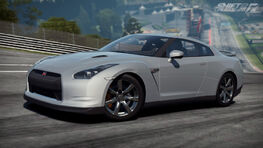 Nissan GT-R Shift 2 Unleashed